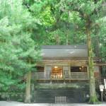 Chokushi Den of Suwa Taisha (Photo by Kotodamaya)