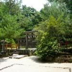 Three gateways (Mitsu Torii) (photo by Katchaman)