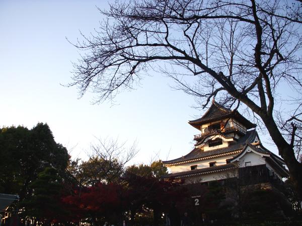 Inuyama Castle (by Kotodamaya)