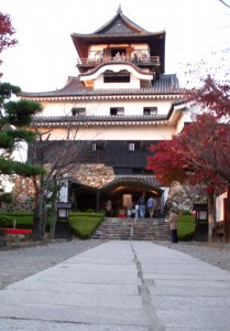 inuyama-castle3 (by Kotodamaya)